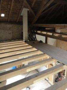 Transformation grange en BnB, plafonds