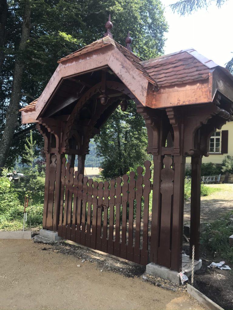 portique avec portail
