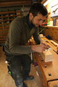 Yves, menuisier-charpentier